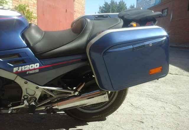 Продам мотоцикл Ямаха FJ 1200 спорт-турист