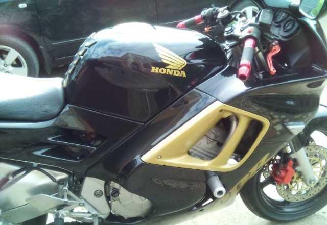 Хонда сбр 600 Ф3