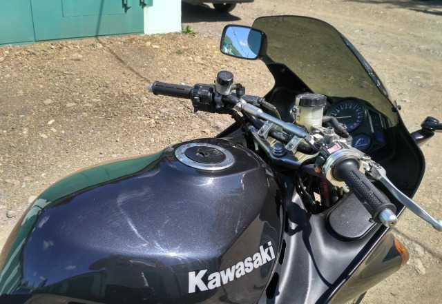 Продаётся Кавасаки ZZR1100 2000 года без пробега